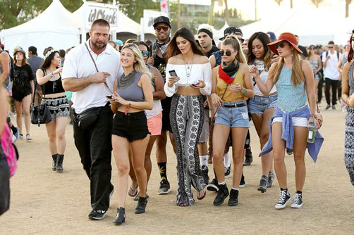 Coachella-Kendall-and-Kylie-Jenner01