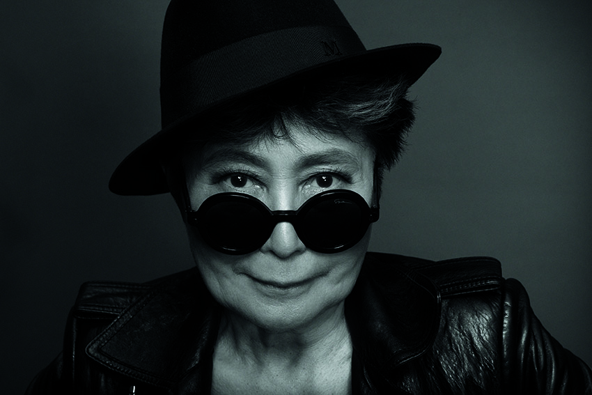 Photo Credit: Yoko Ono por Matthew Placek