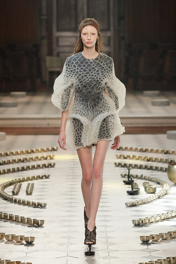Iris van Herpen Haute Couture Fall-Winter 2016_DST